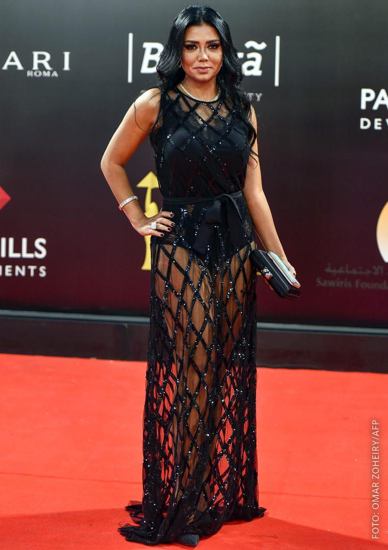 Rania Youssef in ihrem Kleid