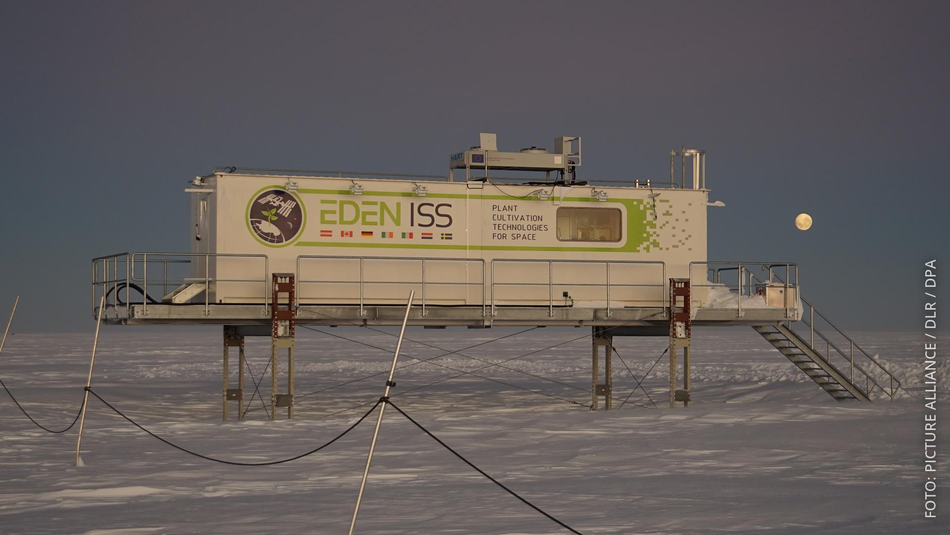 Ein spezielles Gewächshaus steht neben der Polarforschungsstation Neumayer III. (Archivbild aus dem Mai 2018)