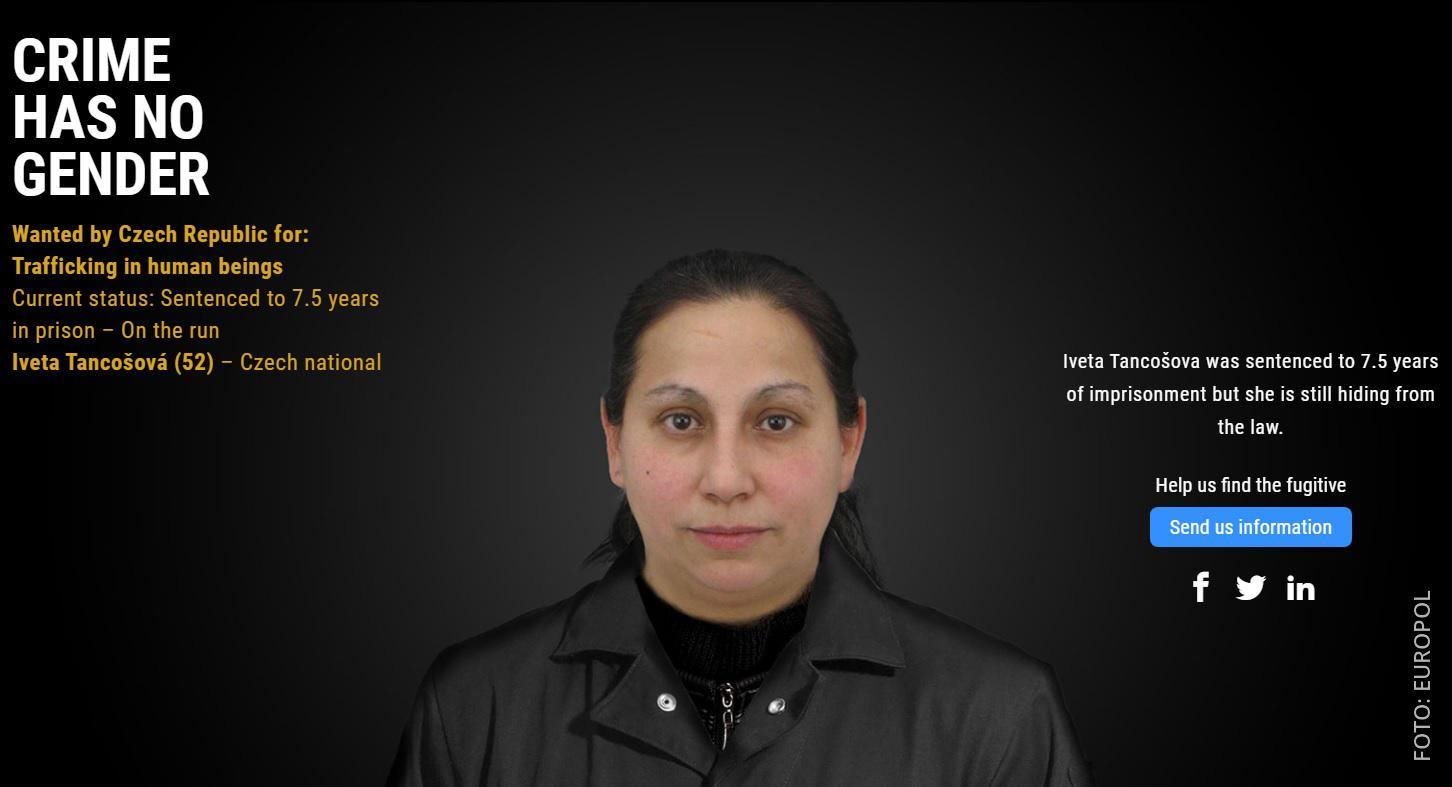 Europol Webseite die eine gesuchte Frau ohne Maskierung zeigt
