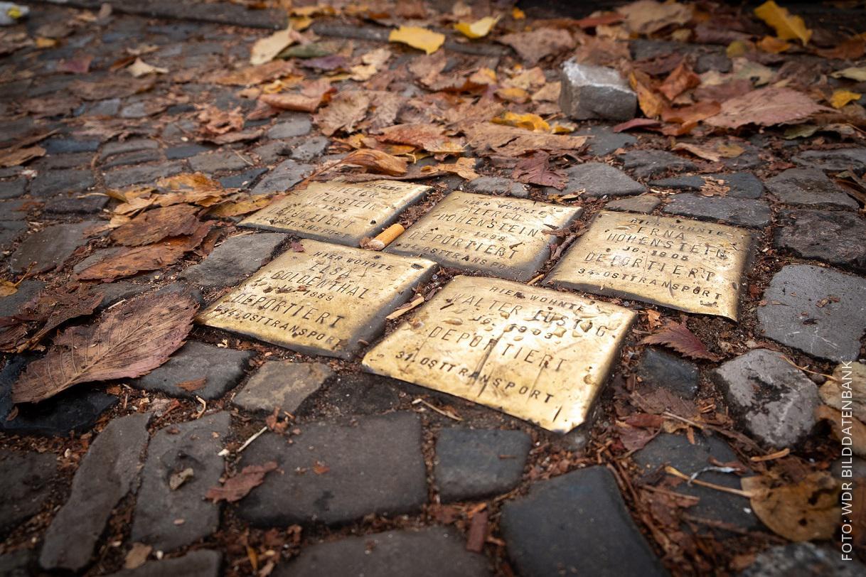Stolpersteine auf dem Boden