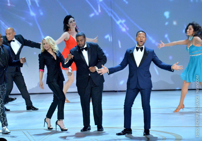 John Legend und andere Künstler performen bei den Emmys 2018