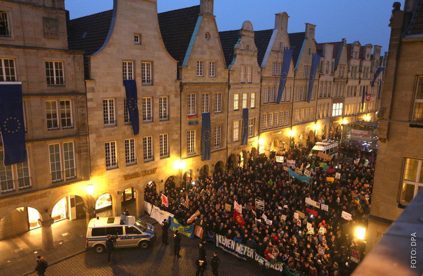 Demonstranten am Prinzipalmarkt in Münster