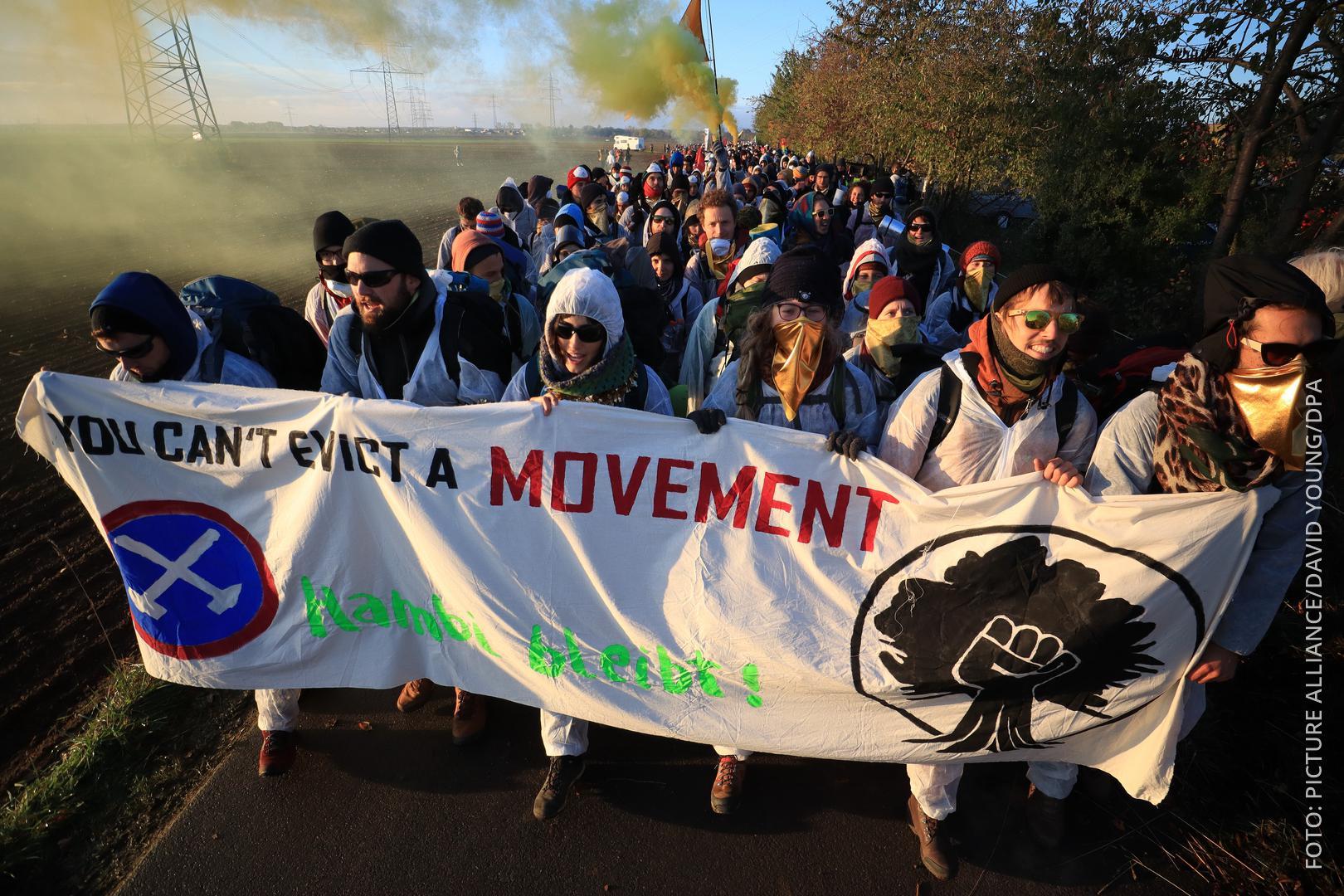 Braunkohle-Gegner demonstrieren
